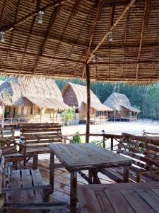 A restaurant or other place to eat at Kho Khao River Sand Eco Resort on the Beach