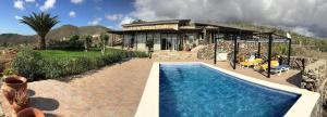 Het zwembad bij of vlak bij Villa Tenerife Sur