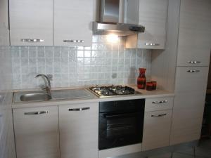 A kitchen or kitchenette at Villa Davima