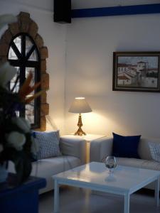 O zonă de relaxare la Hilltop Gardens Hotel Apartments
