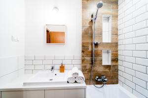 A bathroom at Vagabond Corvin