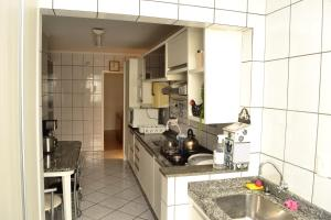 A kitchen or kitchenette at Apartamento Campo Belo