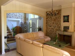 Coin salon dans l'établissement Villa Eria