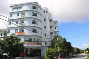 Khách Sạn Palace 1