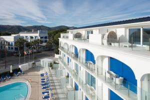 A view of the pool at Masd Mediterraneo Hotel Apartamentos Spa or nearby