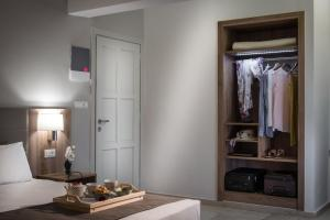 A kitchen or kitchenette at Marianthi Apartments