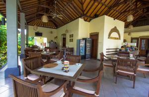 Restaurant ou autre lieu de restauration dans l'établissement Ladera Villa Ubud