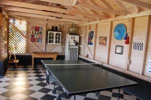 Tafeltennisfaciliteiten bij Villa Kitrini of in de buurt