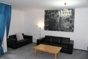 A seating area at Downtown Apartments