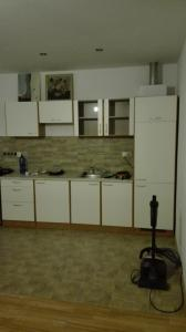 A kitchen or kitchenette at HALEX 4