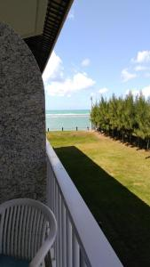 A balcony or terrace at Muro Alto Marupiara Flats