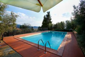 The swimming pool at or near Villa del Colle