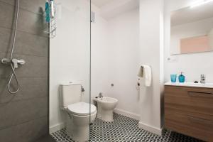 A bathroom at Apartamento Monsalves