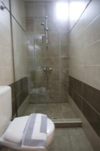 A bathroom at 11City Rooms