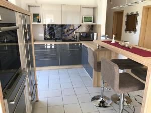 Küche/Küchenzeile in der Unterkunft Ferienwohnung Hutzfeld