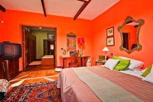 A bed or beds in a room at Luxury Villa Golf Tenerife