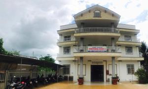 Phuong Nam 2 Hotel