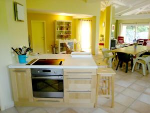 A kitchen or kitchenette at Elite Villa with Swimming Pool in Bargemon, Provence