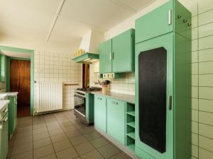 Cuisine ou kitchenette dans l'établissement Holiday home Snippenoord 1