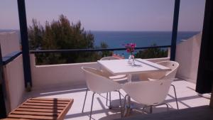 A balcony or terrace at Big Blue