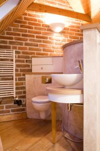A bathroom at Růžová chalupa u Šimánků