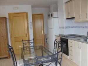 Una cocina o zona de cocina en Apartamentos Benafer