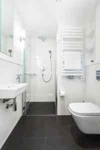 A bathroom at Lapwing Residence Sopot