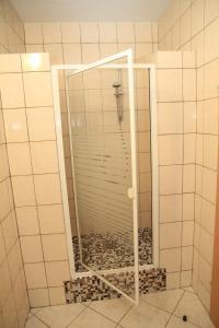 A bathroom at Appartementhaus Anna