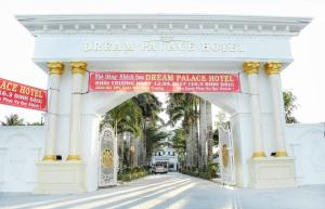 Dream Palace Hotel