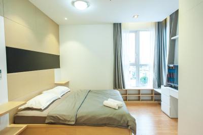Infinity Edge Pool Apartment- Prince Residence