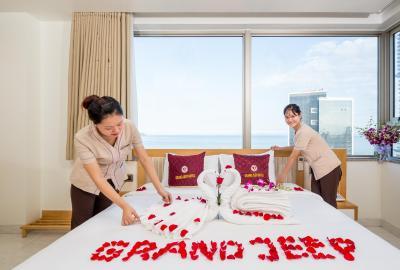 Grand Jeep Hotel Danang
