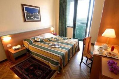 Hotel Eden Riviera - Aci Trezza - Foto 9