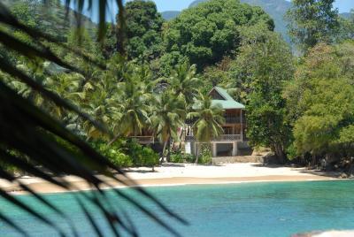 酒店 利洛特海滩小木屋