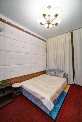 背景墙 房间 家居 设计 卧室 卧室装修 现代 装修 267_400 竖版 竖屏