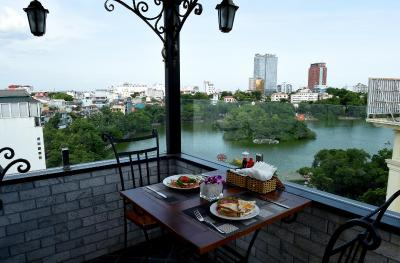 Centre Point Hanoi Hotel