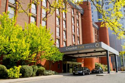 The facade or entrance of Clarion Croydon Park Hotel