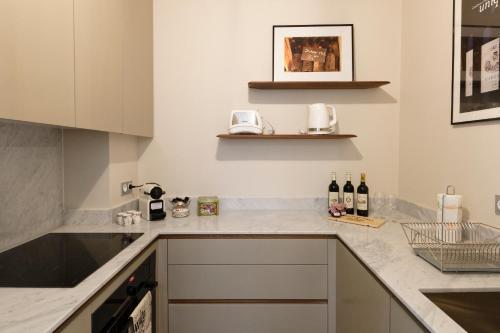 Küche/Küchenzeile in der Unterkunft Bordeaux Appartement- Triangle d'or