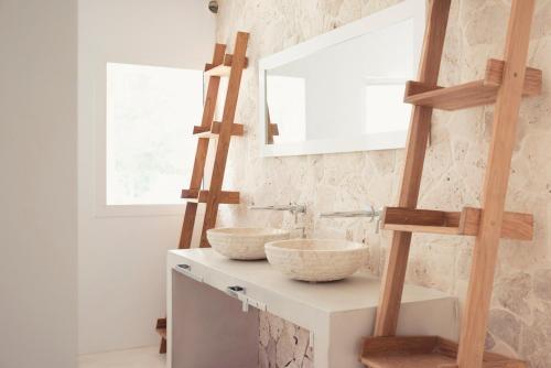 A bathroom at Villa Prana Ibiza
