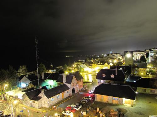 Una vista aérea de Departamento turistico Bariloche