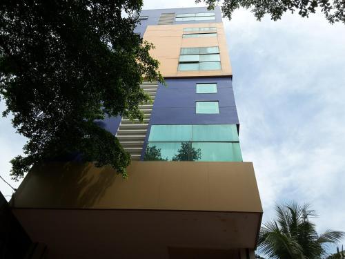 Long Hoa Hotel