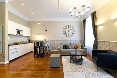Kuchyňa alebo kuchynka v ubytovaní Markiz Luxury Apartments
