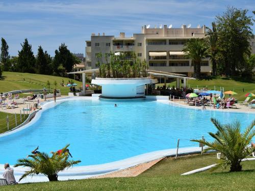 The swimming pool at or near Vila Marachique