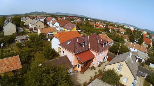 מבט מלמעלה על Bibóca apartman