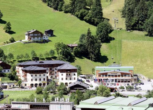 Blick auf Appartementhaus Alpenpark aus der Vogelperspektive