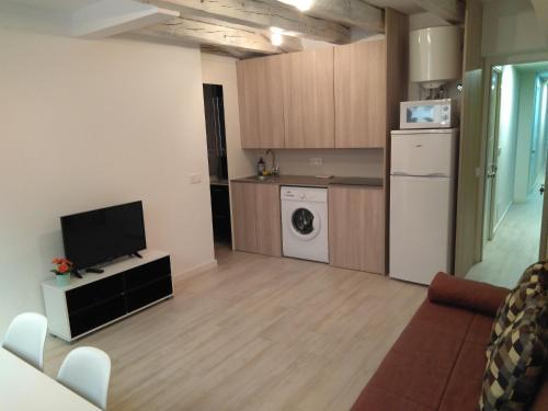 A cozinha ou cozinha compacta de Village Love Madrid
