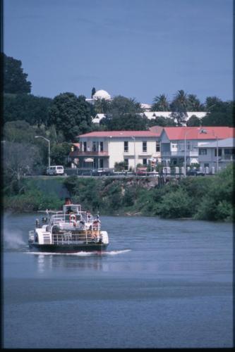 Tamara Riverside Lodge