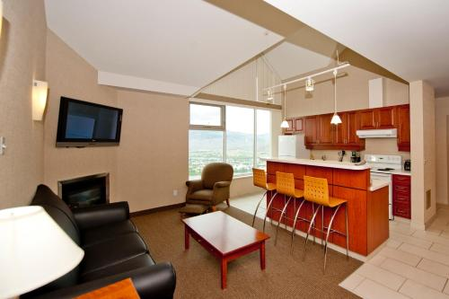 A kitchen or kitchenette at Residence & Conference Centre - Kamloops