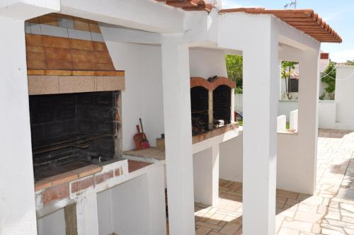 A kitchen or kitchenette at Apartamentos Campos 0