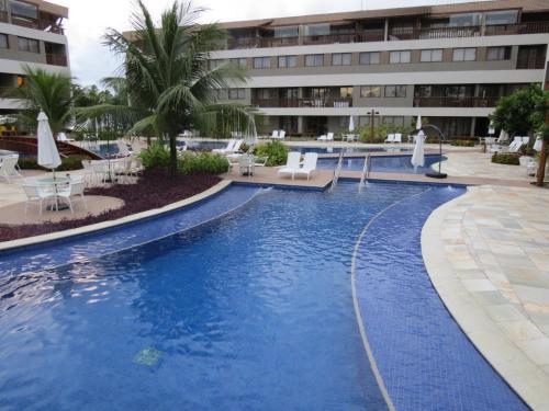 A piscina localizada em Flats Malawi Beach Residence ou nos arredores