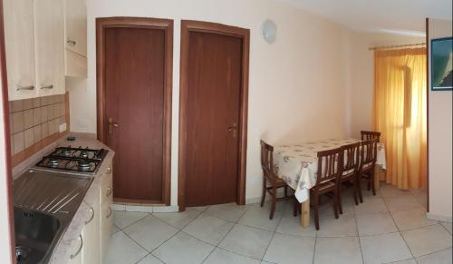 Cucina o angolo cottura di L' Arcobaleno Resort